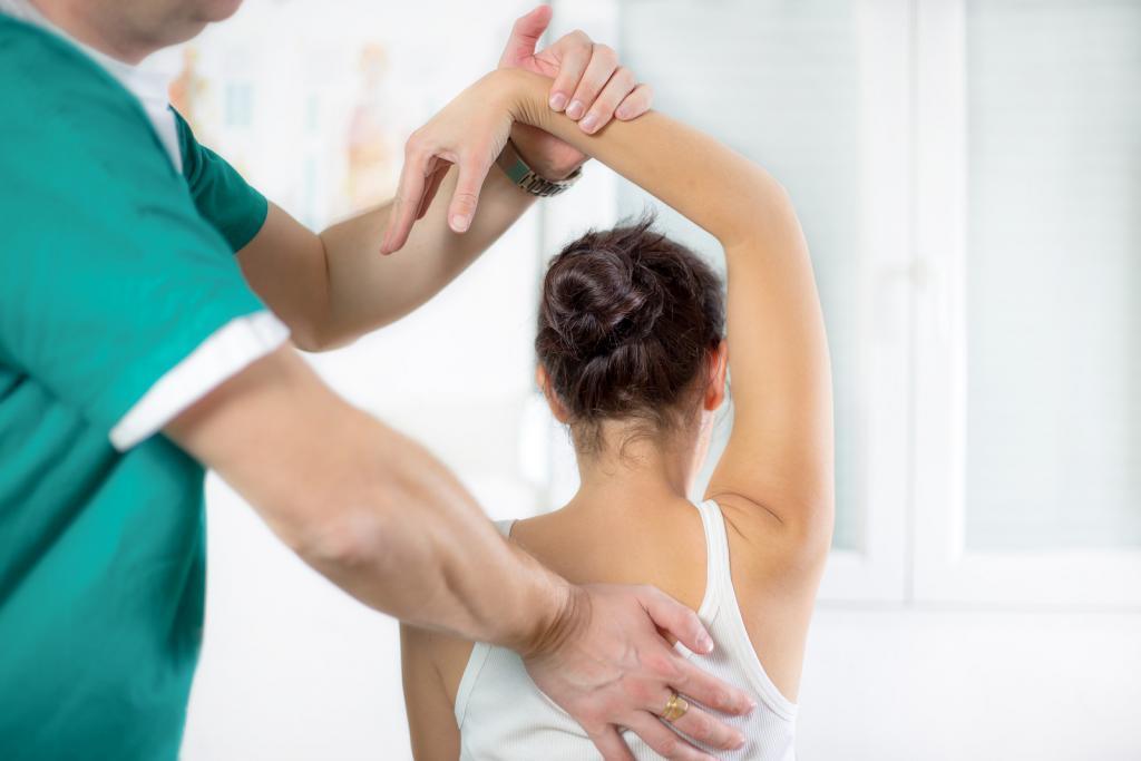 besök rehabcenter på rygginstitutet för att behandla backproblem